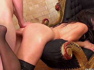 Eloa like to tease with her large and first-rate butt. After a good solo play, this babe wants dick and that's what this babe gets. This sexy French a-hole gets what it merits!