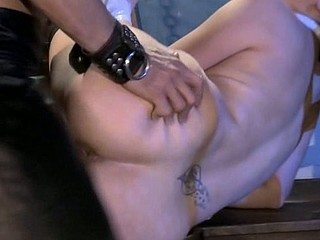 Cutie in raunchy underware knees and starts giving HQ fellatio